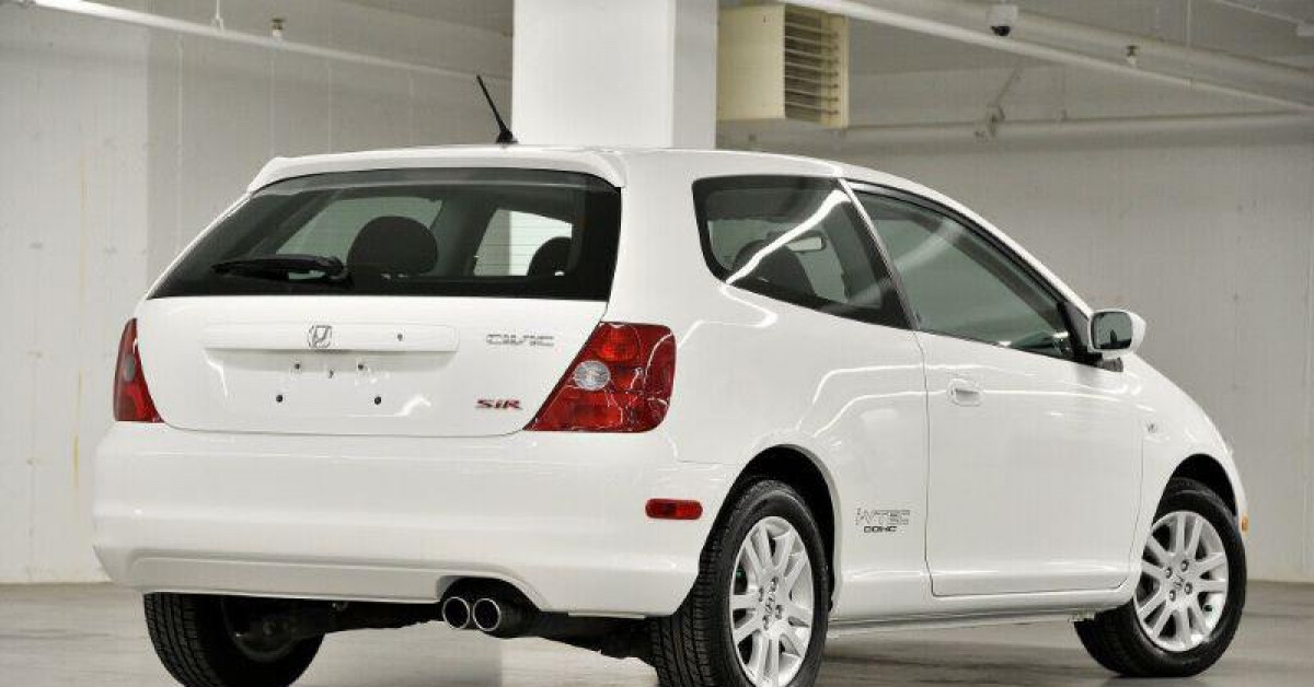 Vì sao Honda Civic đời 2003 đắt ngang đời 2021?