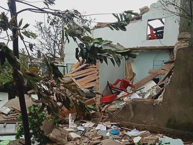 Quảng Ngãi: Cảnh tan hoang ở huyện đảo Lý Sơn sau khi bão số 9 càn quét