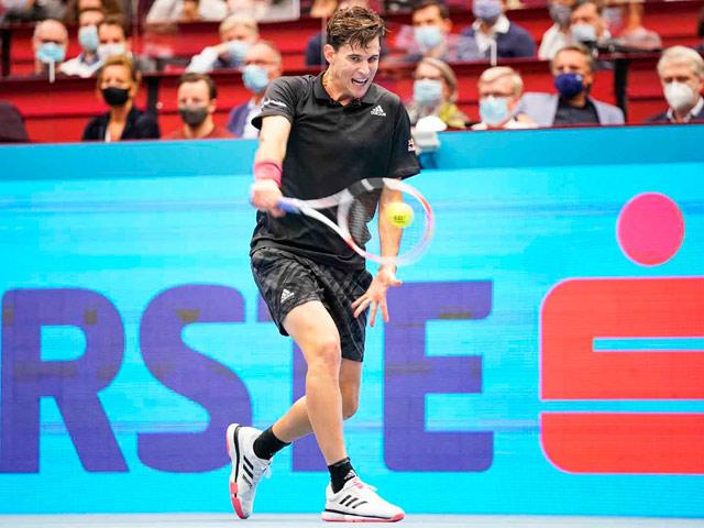 Video tennis Sachko - Thiem: Đẳng cấp vượt trội, tốc hành đi tiếp