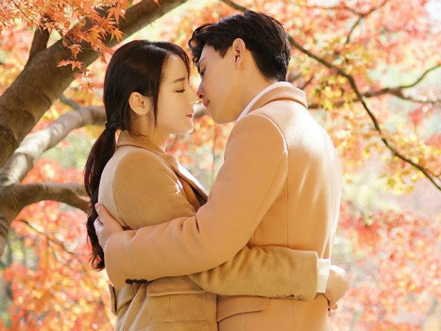 Chuyện tình lãng mạn của Địch Lệ Nhiệt Ba và Đặng Luân lên sóng truyền hình Việt
