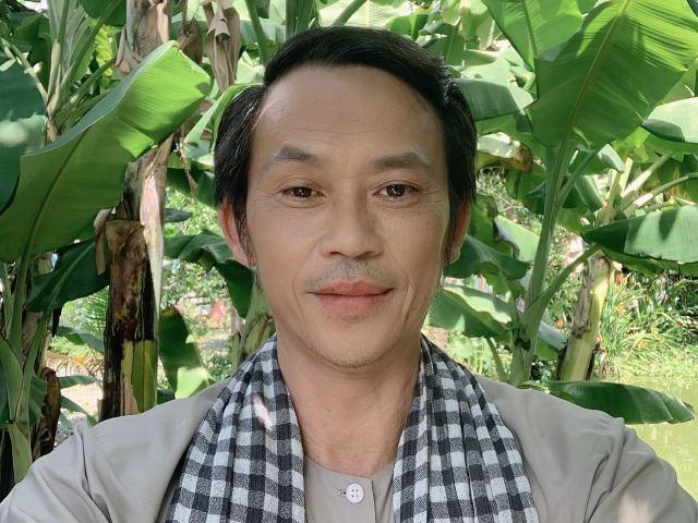 Quyên góp hơn 10 tỷ vẫn chưa đi cứu trợ miền Trung, Hoài Linh nói một câu duy nhất
