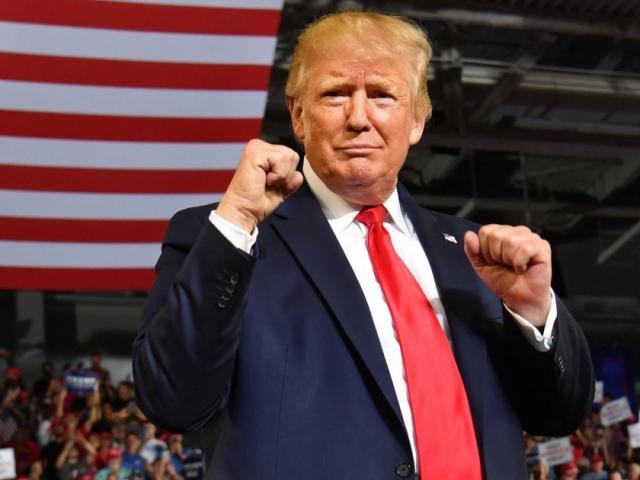 Tin vui cho ông Trump: Thăm dò uy tín cho thấy vượt xa đối thủ ở bang chiến địa quan trọng