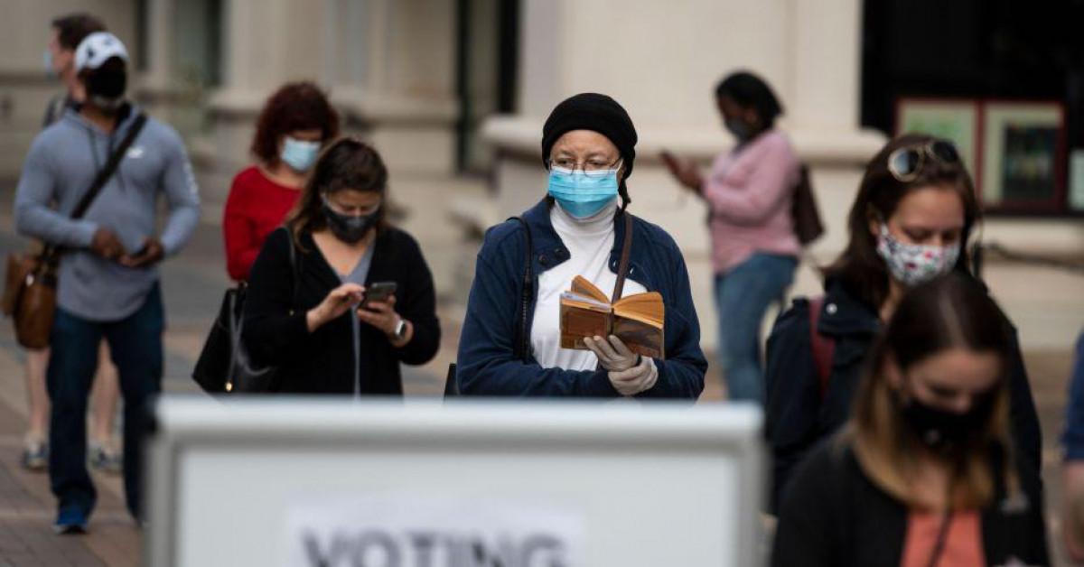 Bầu cử tổng thống Mỹ: Giành giật cơ hội cuối trên 'chiến trường'