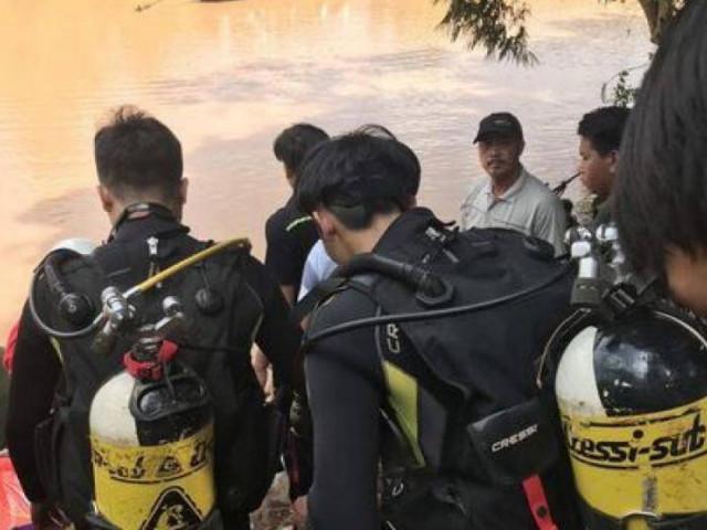 Lật xuồng chở 6 người thả cá phóng sinh, hai người tử vong