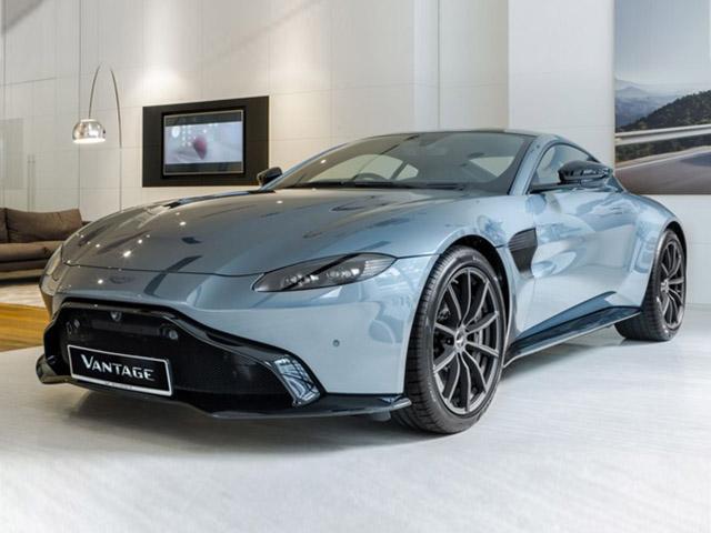 """Aston Martin Vantage có thêm phiên bản """"Hiệp sĩ Bóng Đêm"""""""