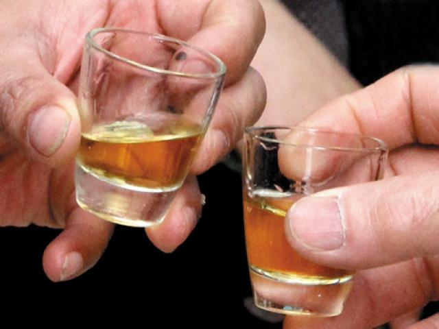 Đã uống rượu bia nhiều thì phải biết những điều này để bảo vệ gan, giảm độc hại