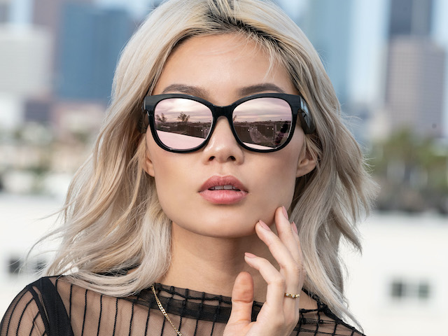 Unique music playback sunglasses with invisible pair of speakers