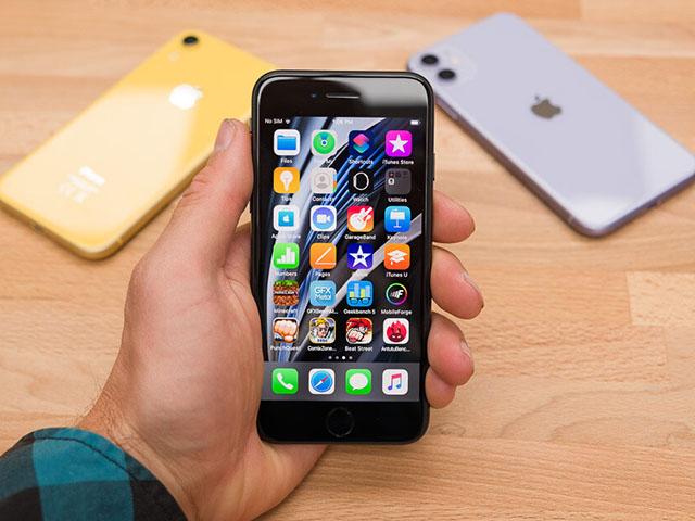 Ba mẫu iPhone đáng mua nhất cho người hạn chế ngân sách