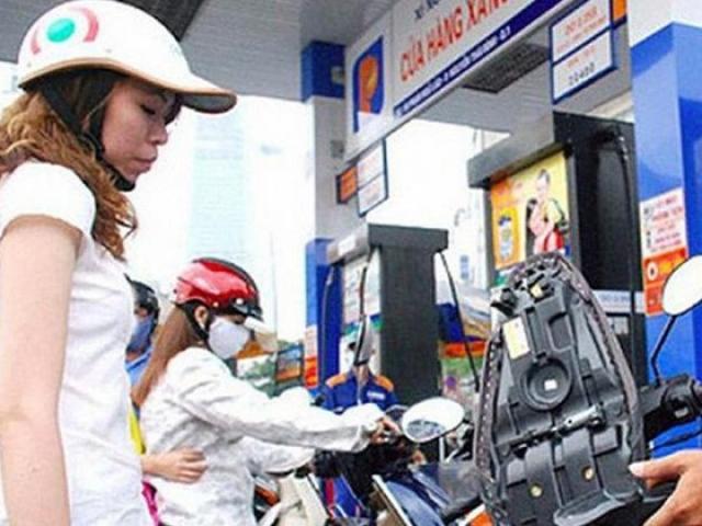 Giá dầu hôm nay 15/11: Lao dốc cuối tuần trước lo  ngại về khả năng phục hồi kinh tế