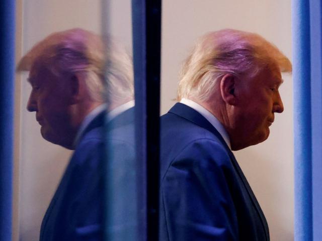 Ông Trump tố bầu cử Mỹ gian lận: 1.000 nhân vật danh tiếng gây sức ép