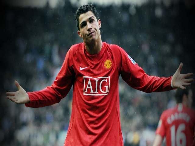 Dấu hỏi tương lai Ronaldo: MU ra phán quyết bất ngờ, siêu sao cay đắng