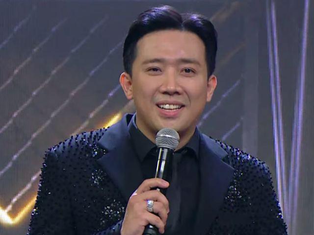 """Dẫn chung kết """"Rap Việt"""", Trấn Thành bị chỉ trích vì kém duyên trên sóng truyền hình"""