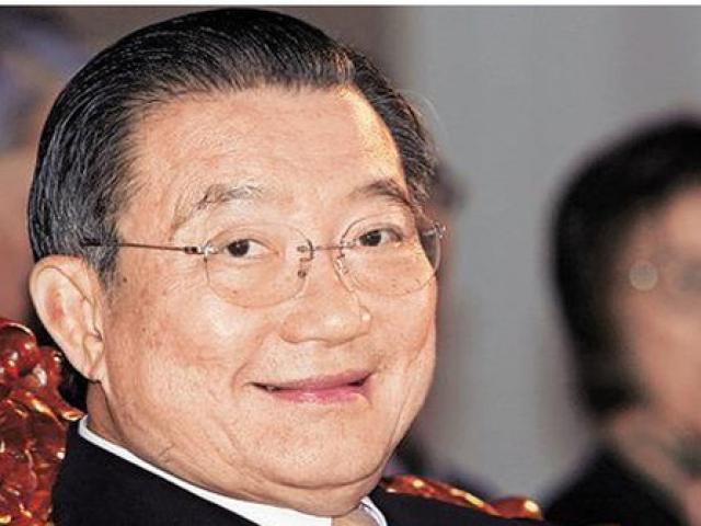 """Tỷ phú Thái Lan sắp nhận 700 tỷ đồng từ """"ông lớn"""" bia Việt"""