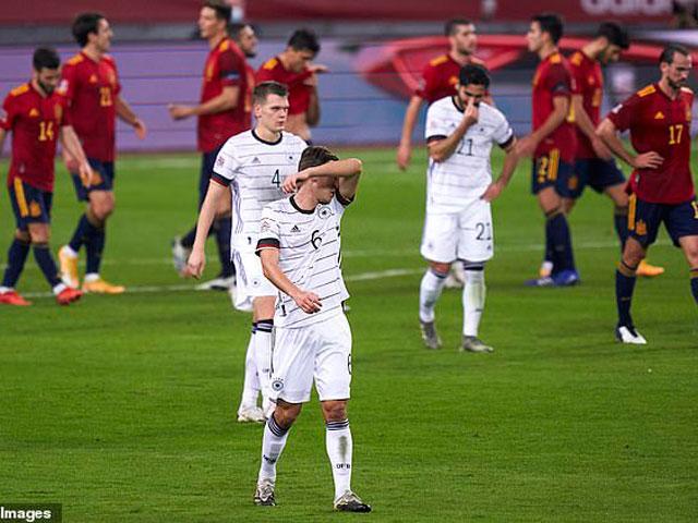 ĐT Đức thảm bại 0-6 trước TBN: Tệ nhất sau 89 năm, Mesut Ozil phản ứng bất ngờ