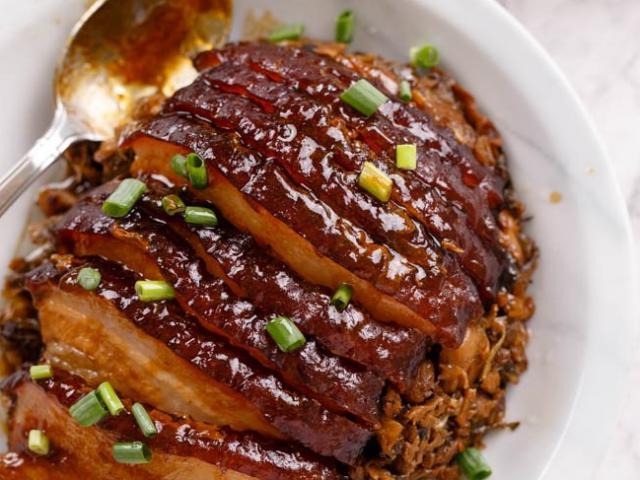 Thịt ba chỉ mà làm món khâu nhục theo cách này đảm bảo khiến cả nhà mê đắm
