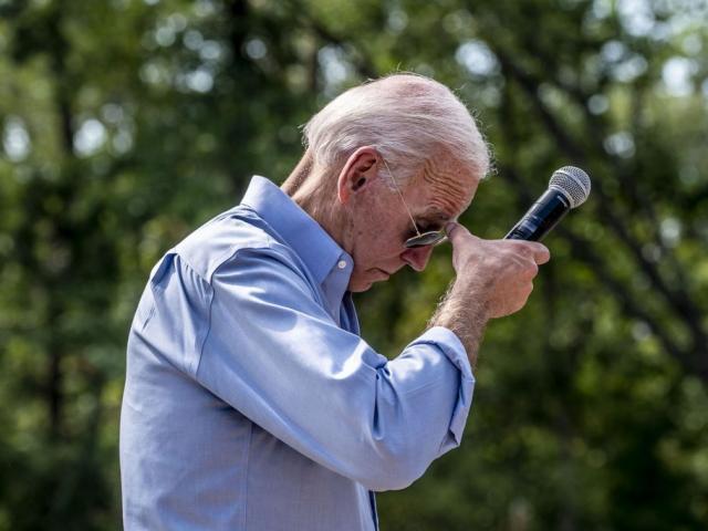 """Nhậm chức ở tuổi 78, liệu """"sư tử dũng mãnh"""" Biden có thể làm Tổng thống mấy năm?"""