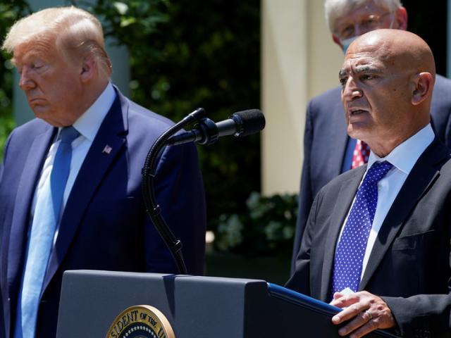 Dấu ấn cuối cùng của ông Trump trước khi rời Nhà Trắng