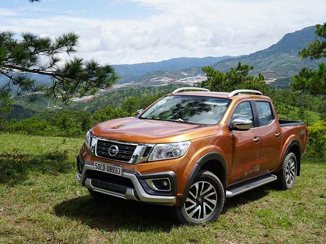 Nissan Navara đang được giảm giá chính hãng tới 36 triệu đồng