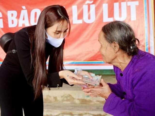 """Thủy Tiên công khai 177 tỷ tiền từ thiện kèm loạt hóa đơn sau tai tiếng """"nói dối"""""""