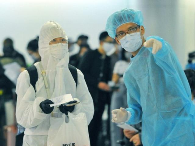 Thêm 4 ca nhiễm COVID-19, nguy cơ dịch vào Việt Nam rất cao