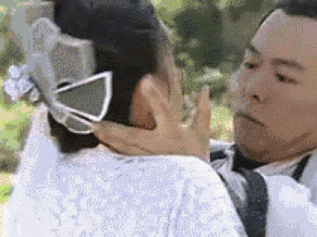 Diễn cảnh hôn bị chê thô bạo, phản cảm: Lưu Diệc Phi chưa là gì so với sao nữ này!