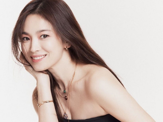 Song Hye Kyo U40 xinh đẹp rạng ngời