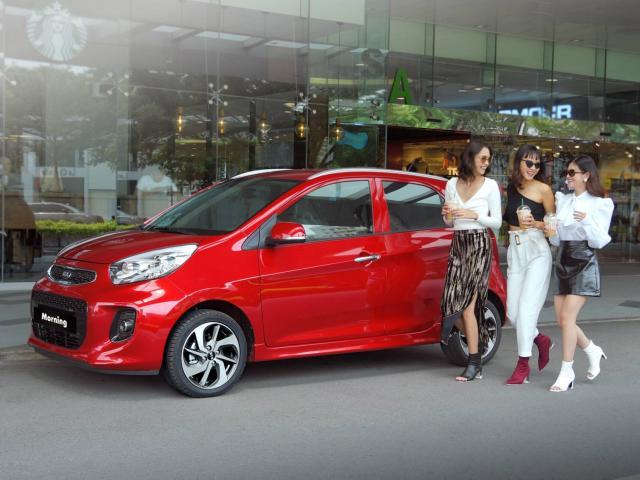 Trong tầm giá 300 triệu đồng nên mua Kia Morning mới hay Toyota Vios cũ?