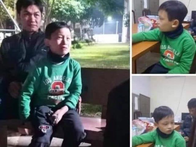 Tìm người thân bé trai đi lạc trong đêm rét đậm tại Hà Nội