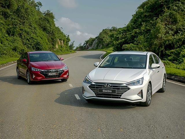 Giá xe Hyundai Elantra lăn bánh mới nhất tháng 12/2020