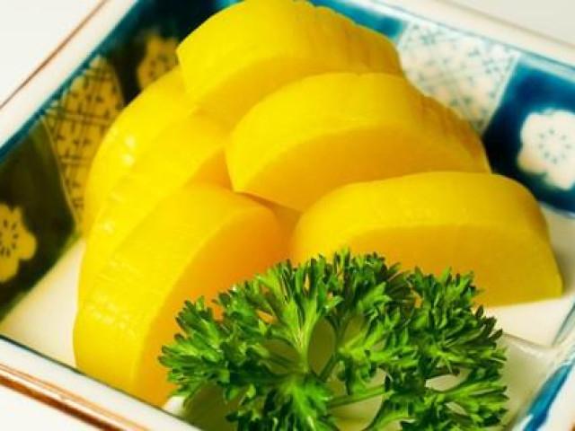 Củ cải muối ở Việt Nam rẻ hều bán đầy chợ, củ cải muối ở Nhật xách tay về đắt ngang cua hoàng đế