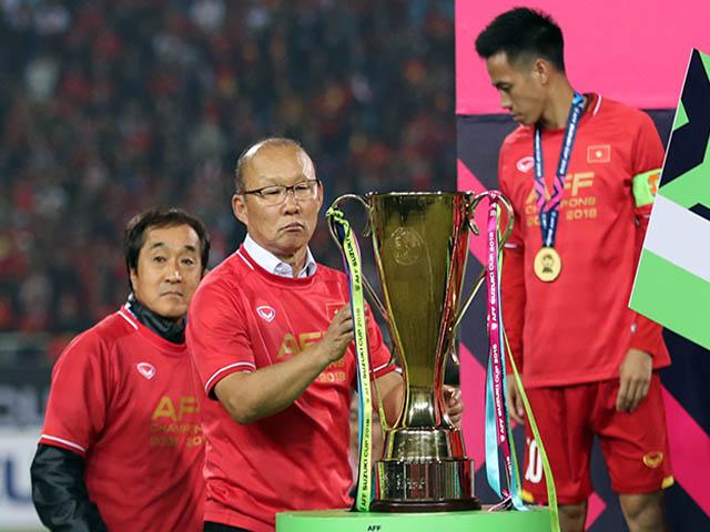 World Cup & AFF Cup đổi lịch chóng mặt, thầy Park có kịp trở tay?