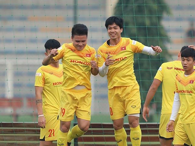 """Quang Hải – Công Phượng ghi """"điểm 10"""" với HLV Park Hang Seo"""
