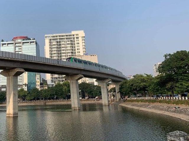CLIP: Cận cảnh chạy thử thương mại toàn tuyến đường sắt Cát Linh - Hà Đông