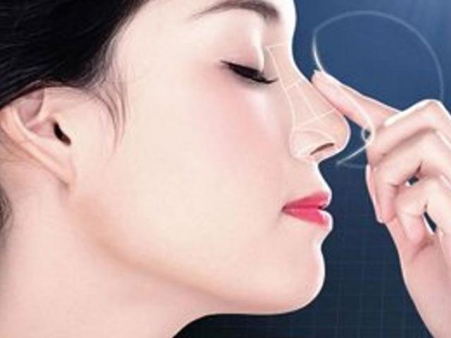 Sự thật về việc cấu, véo, vuốt, bôi kem đánh răng giúp mũi thon, cao hơn