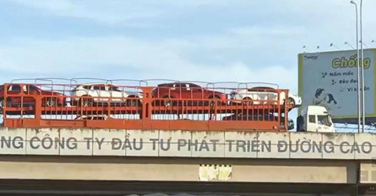 Điều tra xe đầu kéo đi giật lùi trên cao tốc Long Thành