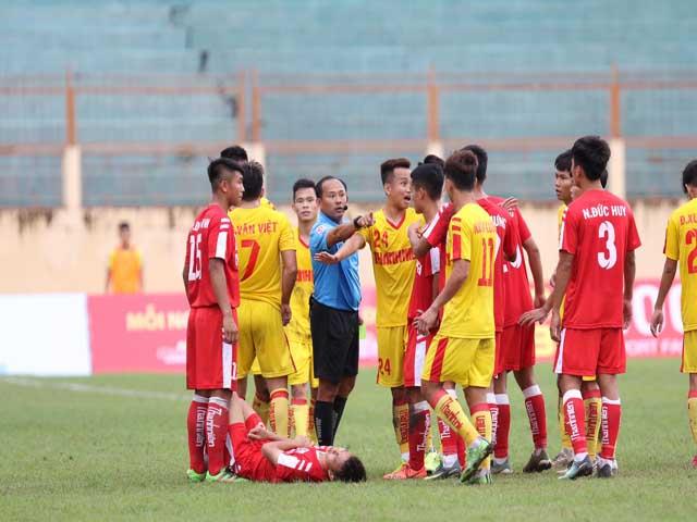 Nghẹt thở bán kết U21 Quốc gia: Căng thẳng 2 thẻ đỏ, SLNA hẹn Viettel ở chung kết