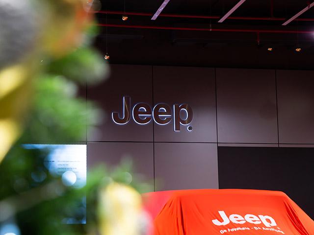 Ra mắt showroom xe Jeep chính hãng đầu tiên tại Việt Nam