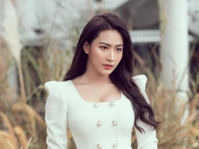 """Nàng thơ xinh đẹp của showbiz Việt gây sốt với nhan sắc tựa """"Lưu Diệc Phi"""""""