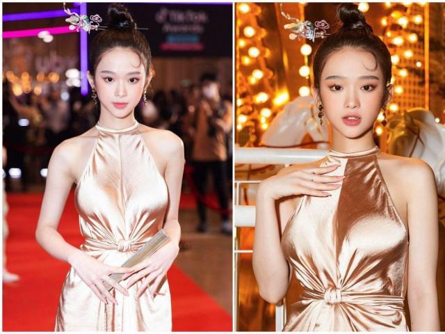 Linh Ka thu hút sự chú ý vào vòng 1 vì mặc váy lụa không nội y