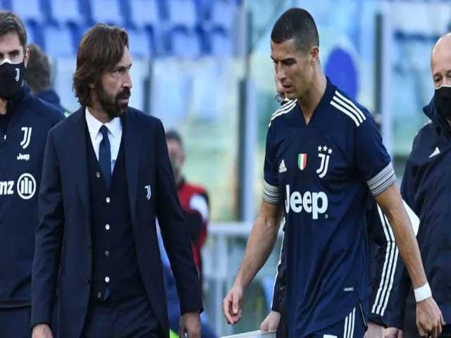 """Juventus nguy cơ mất Scudetto sau 9 năm: Ronaldo hay HLV Pirlo là """"tội đồ""""?"""