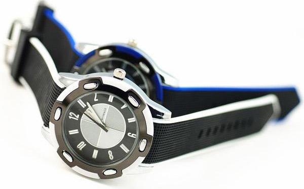 Cách chọn đồng hồ đeo tay cho chàng - 7