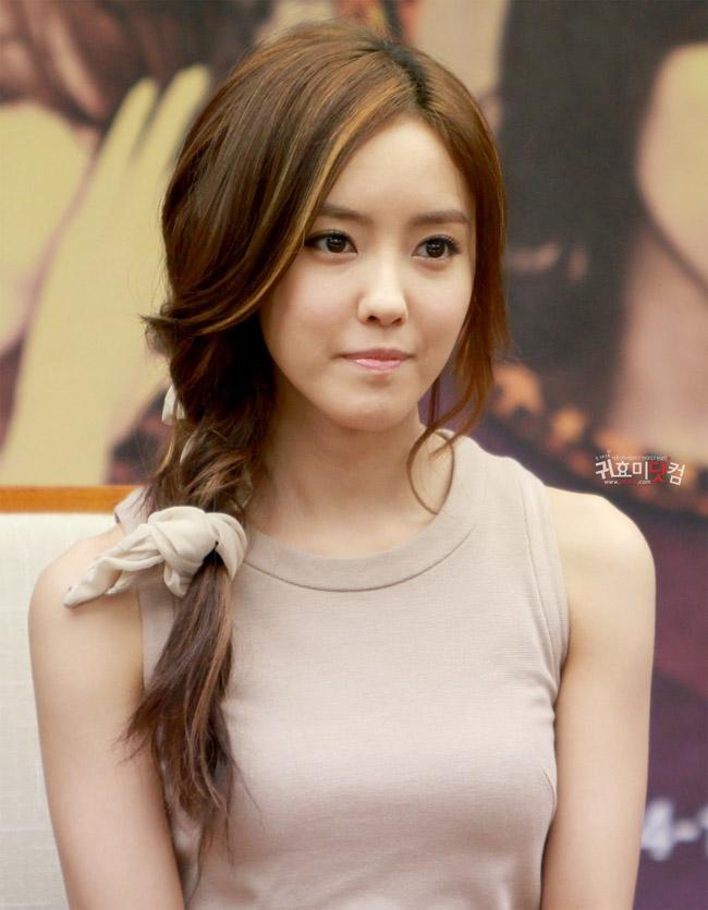 Hyo Min nhóm T-ara