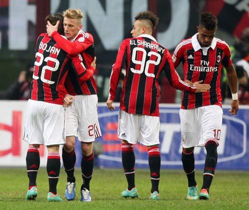 Milan - Siena: Đâu cần El Shaarawy - 1