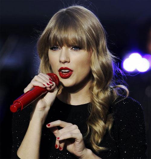 Khám phá nhan sắc của Taylor Swift - 1
