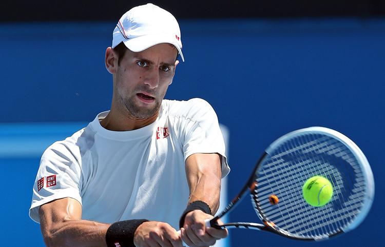 ĐKVĐ đơn nam, Novak Djokovic cũng tranh thủ thời gian tập luyện làm quen mặt sân ở Rod Laver.
