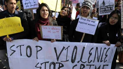 Cảnh sát hiếp dâm, Nepal sục sôi biểu tình - 1