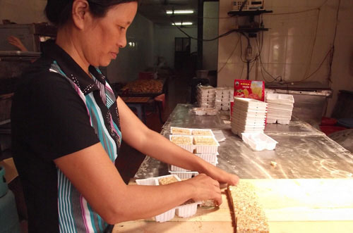 Thơm cay bánh cáy Thái Bình - 4