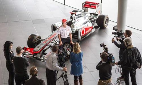 """""""Tân binh"""" của McLaren: Giành Pole và chiến thắng - 1"""