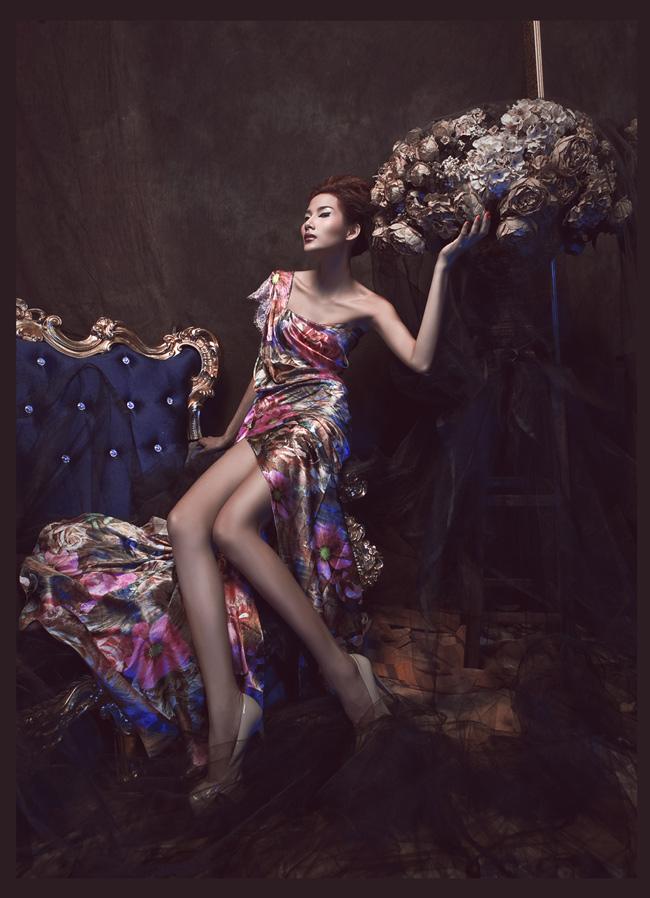 Người mẫu HoàngThùy hiện đang rất được các nhà thiết kế và nhiếp ảnh gia để mắt đến