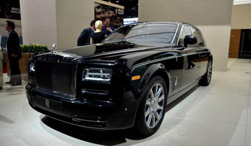 Rolls-Royce đạt doanh số kỷ lục sau 108 năm - 1
